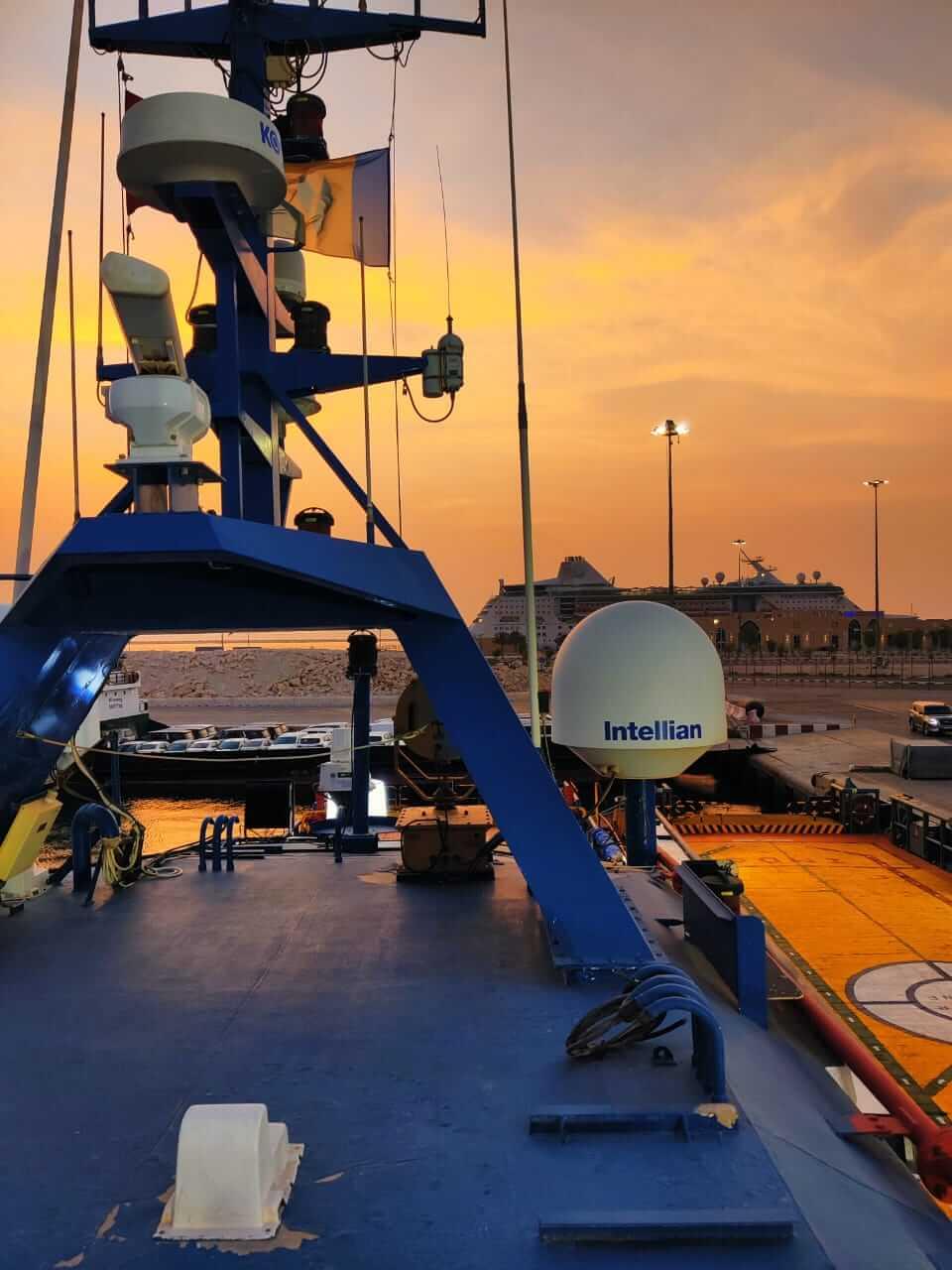 Maritime VSAT pic 1